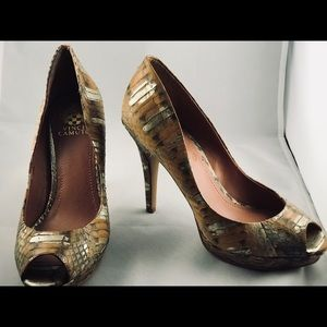 Brand New Vince Camuto Womans Snake Heel